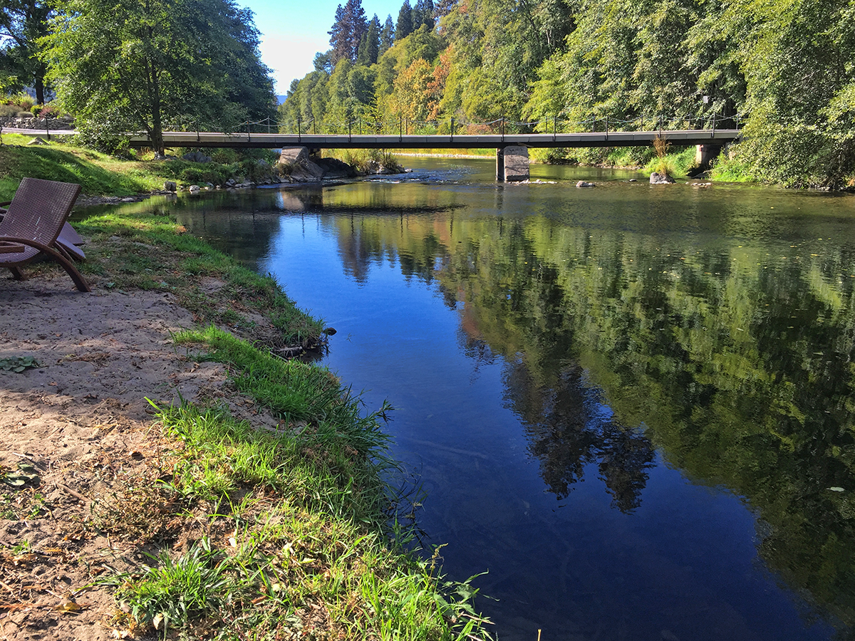 Rogue River near Red Lily Winery